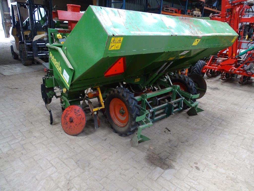 DSC03250 (1)